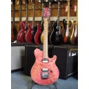 Music Man EVH signature, coloris Translucent Pink